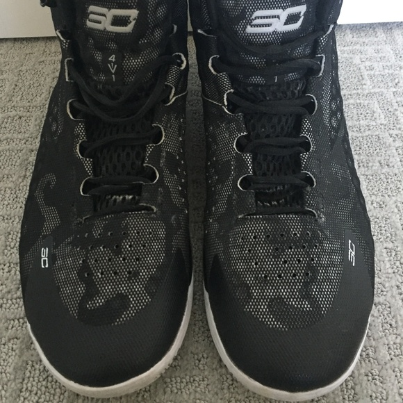 Under Armour Charged 3c Athletic Shoes
